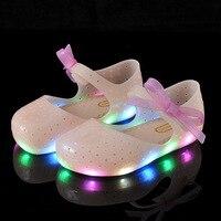 Anne ve Çocuk'ten Sandaletler'de Yaz Kızlar LED Sandalet Kristal Ayakkabı Kız Jöle Sandalet Çocuk Sandalet Bebek Jöle Ayakkabı yay düğüm Kız Sandalet Parlayan ayakkabı