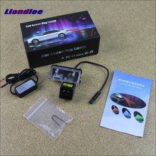цена на Liandlee For Toyota HighLander / Kluger 2014 2015 Car Lamp Prevent Rear-end Warning Laser Light Haze Rain Fog Snow Lights