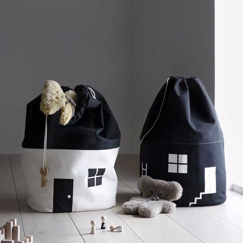 INS Large Baby Toys Storage Bags Canvas House Shape Laundry Hanging Drawstring Bag Household Pouch Bag Home Storage Organization