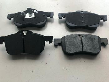 (4 sztuk zestaw) przednie klocki hamulcowe zestaw auto podkładka samochodowa KIT-FR hamulec tarczowy dla SAIC MG6 ROEWE 550 samochodów części silnika samochodu 10008675 tanie i dobre opinie MJMOTOR FRONT China Semimetal brake pads