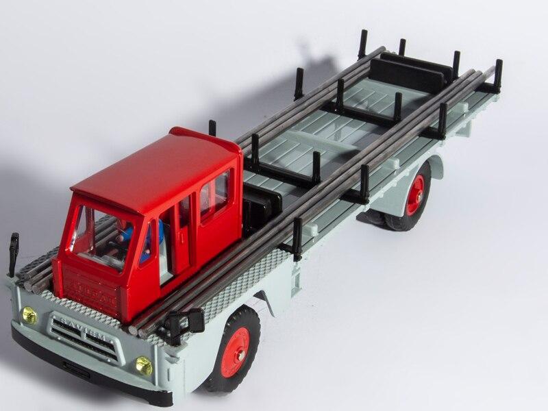 Купить с кэшбэком DINKY Toy 885 Atlas 1:43 Dinky Toys CAMION SAVIEM S7 PORTE-FER DIECAST CAR MODEL