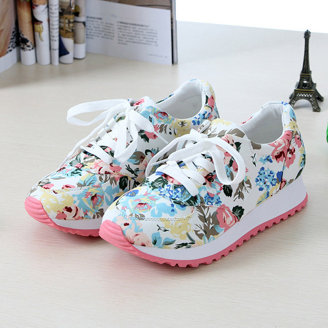 Woman casual shoes 2016 New Arrivals Breathable canvas print wedges shoes