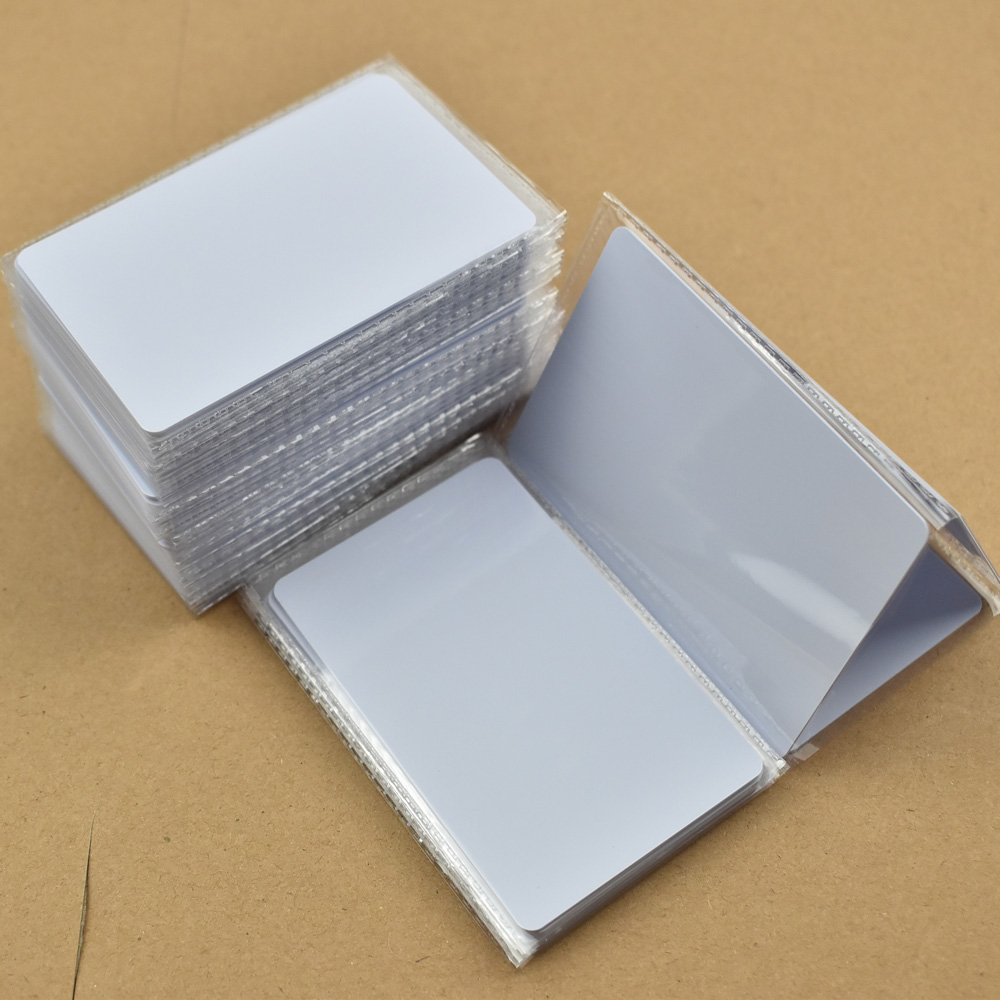 500pcs/lot NFC Tag Ntag215 504 Bytes ISO14443A PVC White Cards For Android,IOS NFC Phones winfeng 500pcs lot custom printing plastic membership card pvc combo cards with easy snap off one key tag