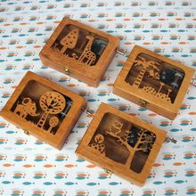 DIY Mini Music Box Wooden Exquisite Animal Mechanical Hand Crank Craft Music Boxes Movement