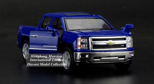 1:36 Scale Diecast Alloy Metal Car Model For Chevrolet SILVERADO Pickup Collectible Model Collection Pull Back Toys Car