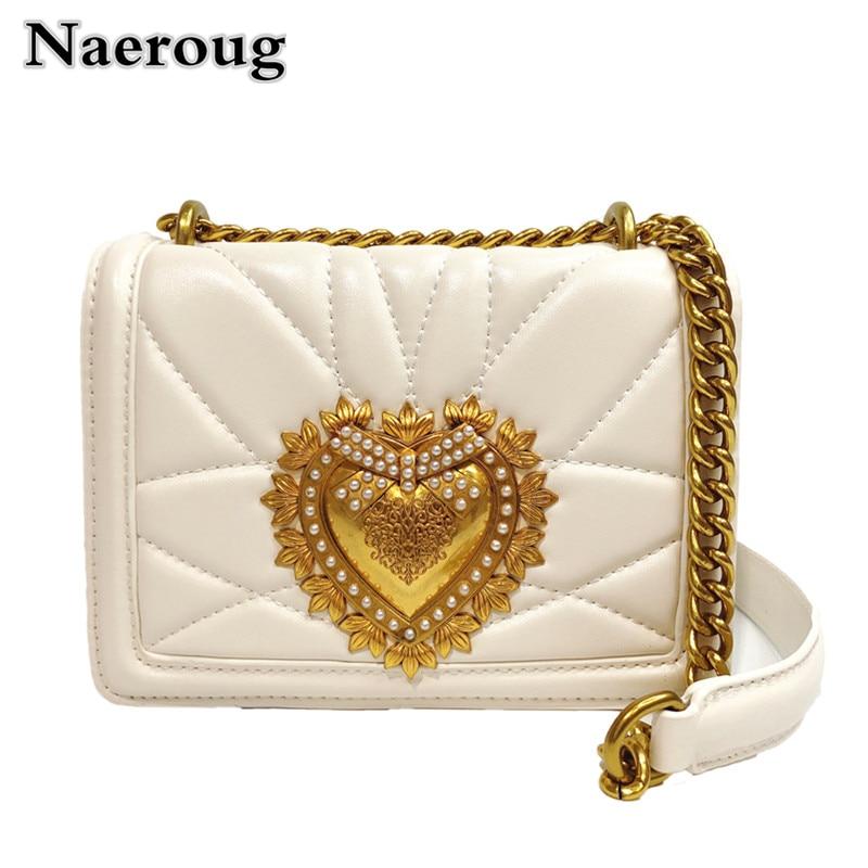 цена на Newest Fashion Lady Gold Chain Shoulder Crossbody Bag Metal Love Heart Pattern Clutch Purse Women Messenger Bag Channels Bag Sac