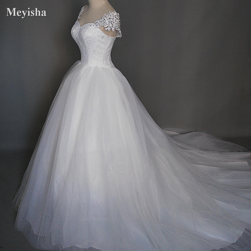 1c784dd2e84 ZJ9029 Button back 2019 New Beads Crystal Sweetheart Lace White Wedding  Dresses for brides plus size