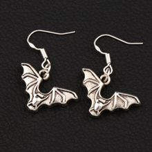 Bat with Open Wings Earrings 925 Silver Fish Ear Hook 40pairs  Antique Silver Chandelier E979 32.6x23.9mm 40pairs antique silver filigree heart cross religious earrings 925 silver fish ear hook jewelry e425 20 5x45 3mm