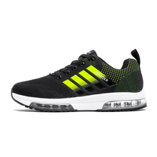 New Arrival Mens Trainers Brand Sport Sneakers Mesh Breathable Run Shoes Sport Walking Sneakers Black Gray Training Shoes Men
