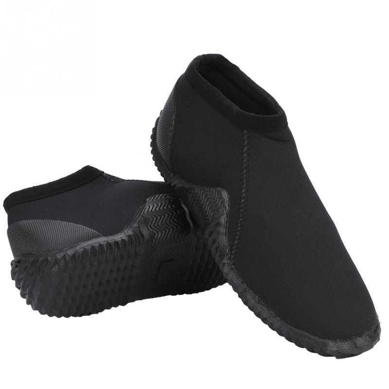 Mantenga buceo 4mm buceo neopreno Nylon antideslizante buceo botas Zapatos  bajos de agua para la playa de surf natación en Zapatos de Los Deportes de  agua ... 465c290043a