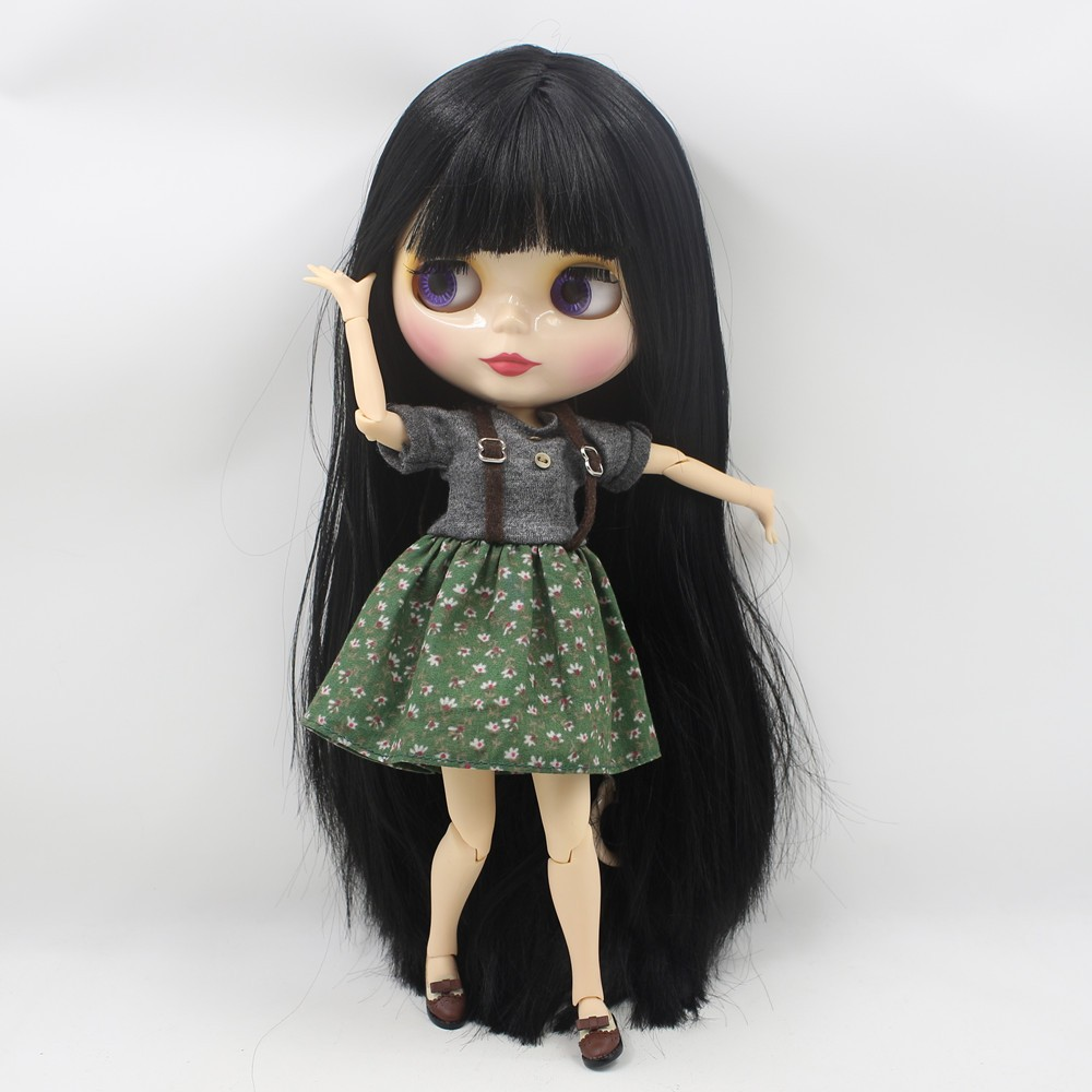 Neo Blythe Doll with Black Hair, White Skin, Shiny Face & Jointed Body 2