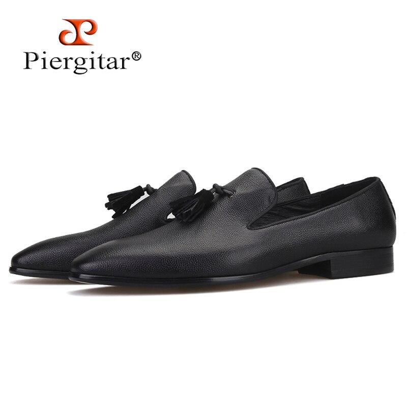 Piergitar brand 2019 New Black Genuine Leather men s loafers Handmade fashion men leather tassel shoes