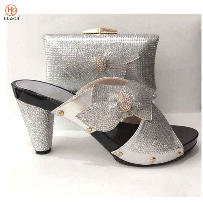 Silver Color Italian Shoes with Matching Bags Shoe and Bag Italian Design Set Nigerian African Women Wedding Shoe and Bag Set 2018 new arrival pink color italian shoe with matching bags shoes and bag set african sets 2018 shoe and bag italian design sets