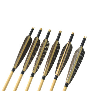 Image 4 - 6pcs עץ חץ 80cm קונבנציונלי עץ פיר עם 5 אינץ מגן נוצת לציד ירי חץ וקשת חץ מוט