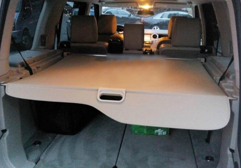 Beige color Rear Trunk Security shade Cargo Cover shield For Land Rover Discovery 4 / LR4 2015 2014 2013 2012 2011 2010 все цены