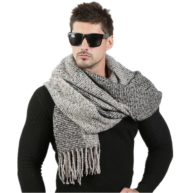 écharpe tricotée en laine d'hiver