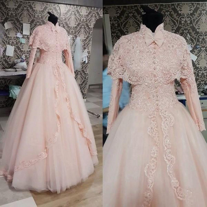 Long Sleeves Vestido De Noiva 2019 Muslim Wedding Dresses Ball Gown High Collar Lace Pearls Dubai Arabic Wedding Gown Bridal