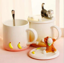 Cute cartoon animal ceramic mug Personalized ceramic cup with a cell phone holder function Banana monkey dog cat rabbits