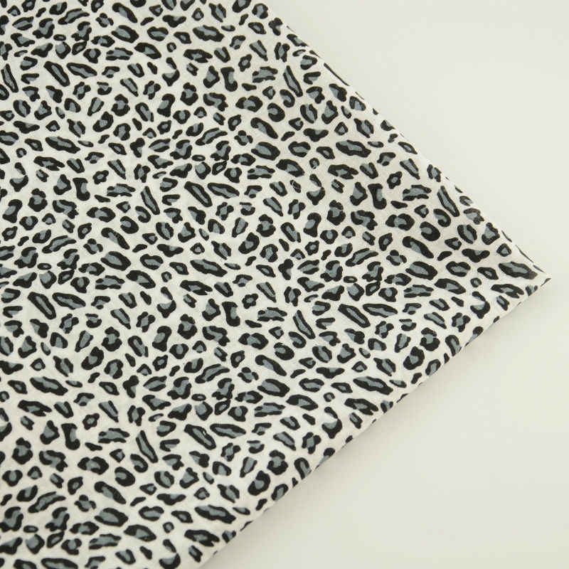 Booksew 100% tkanina bawełniana pre-cut Light Black kolor Fat Quarter Tissue proste w stylu Leopard patchworkowe ubrania Home Decoration
