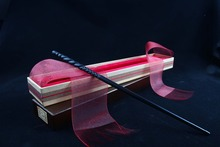 Newest Metal/Iron Core Ginny Ron Magic Wand/ Harry Magical Wand/ Original Ribbon Gift Box Packing Free Train Ticket new colsplay new arrive metal iron core ginny weasley wand harry potter magic magical wand elegant ribbon gift box packing