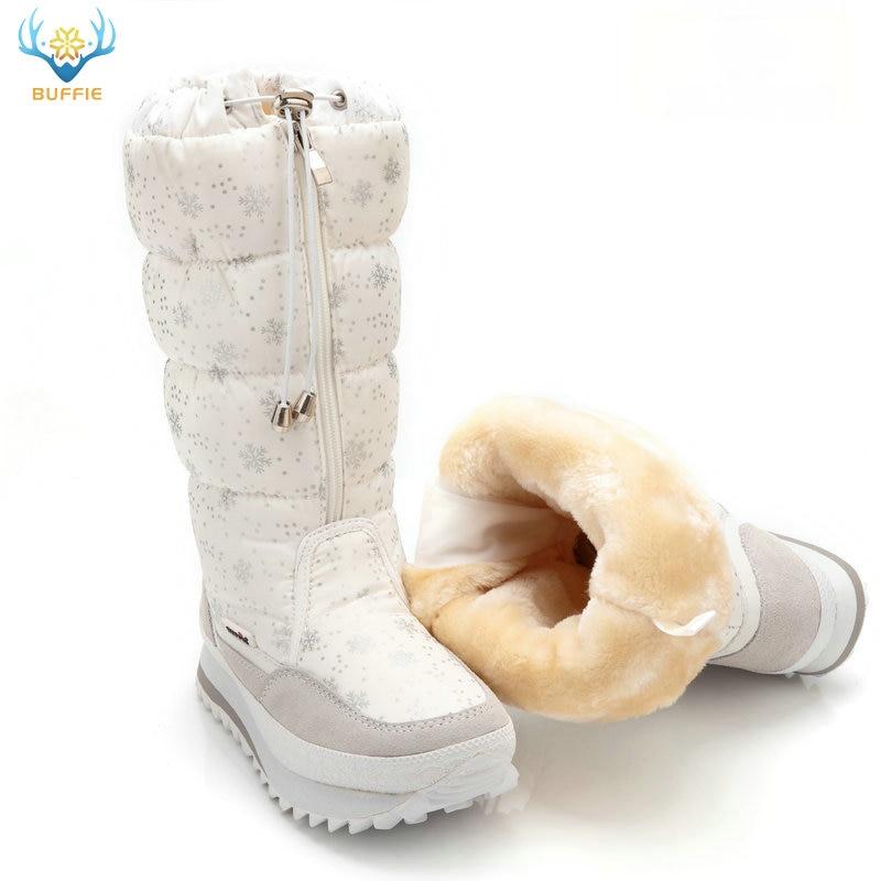 Зимние сапоги 2018 Высокие женские снежные ботинки плюшевые Теплые ботинки Плюс размер от 35 до большого 42 легко носить с собой белые туфли на молнии женские горячие сапоги