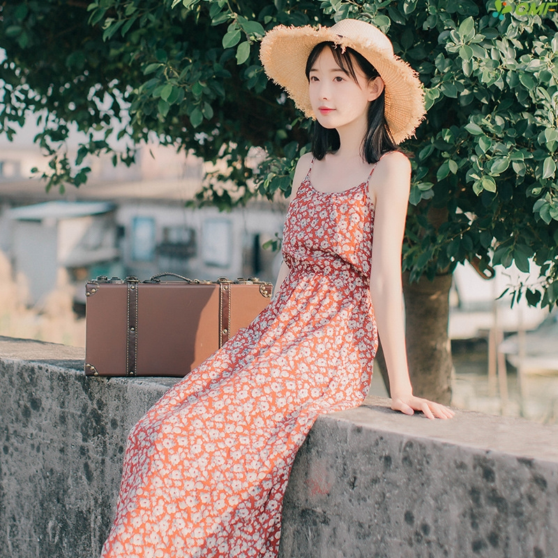 7828f5703edc8 Red Boho Long Dress 2018 Floral Sleeveless Beach Dress Vintage Chiffon Maxi  Dress Casual Plus Size Vestidos Elegant Sundress-in Dresses from Women s ...