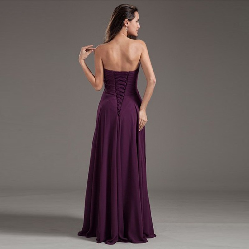 2017 Floor Length Off The Shoulder Pleated Lace up Bridesmaid Dresses 2017 Long Chiffon Purple Sweetheart Wedding Party Gowns 4