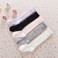 2016 color sólido hasta la rodilla arco calcetines de bebé chicas niños hijos de algodón meias calcetín de la escuela del estudiante vestido y calcetines de baile 1-9Y