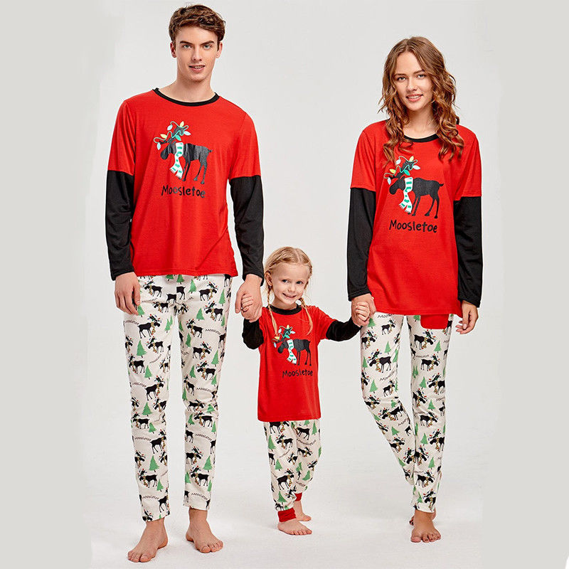 Emmababy Christmas Pajamas Set Household Matching Garments Father Mom And Daugther Garments Cartoon Printed Sleepwear Homewear