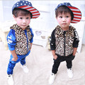 2017 Мальчиков Устанавливает Малышей Одежда Устанавливает Капюшоном Мальчиков Костюмы Спортивная Одежда Дети Костюмы Мальчики Печати Леопарда детские Спортивные Набор