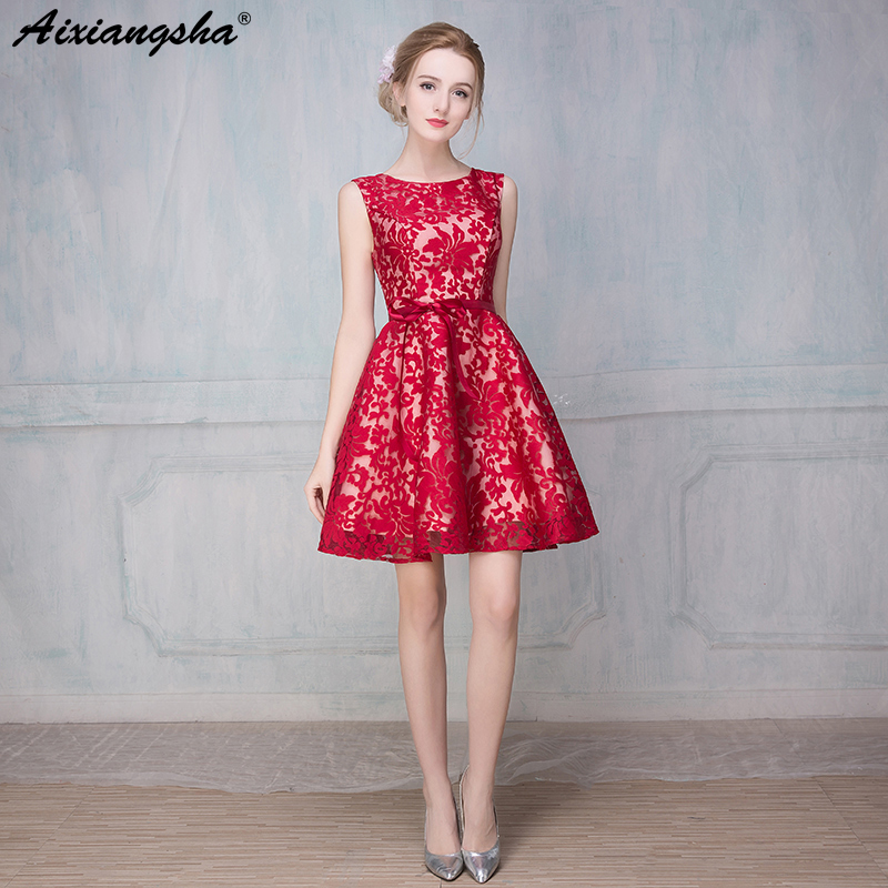 High Quality Lace Short Prom Dresses 2018 Scoop Appliques Zipper Red
