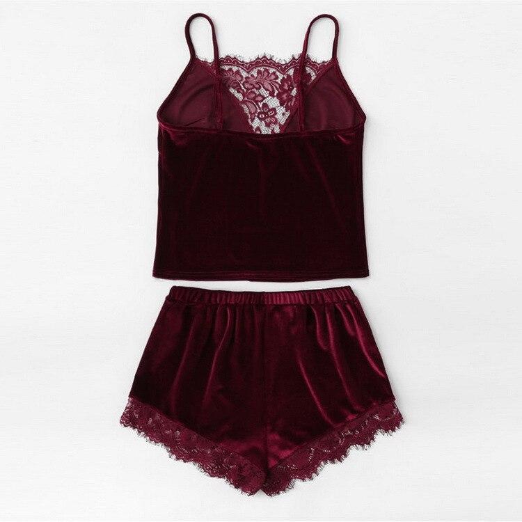 2019 Lace Trim Velvet Cami & Shorts   Pajamas     Set   Women Burgundy Plain Spaghetti Strap Sleeveless Sexy Summer Sleepwear
