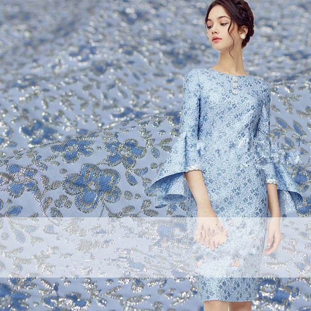 1 метр искусственный шелк из жаккардовой парчи металлизированная ткань Материал для платья одежда 140 см Ширина цвета: золотистый, СИНИЙ 260 г/...