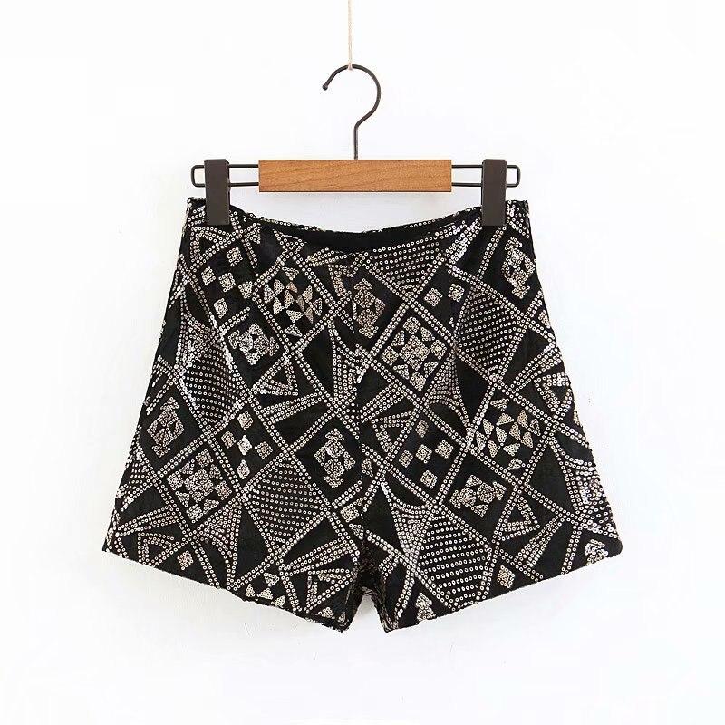 Women Sequined Embroidery Geometric Pattern Velvet Shorts Ladies Casual Hot Chic High Waist Short Pants Pantalones Cortos P210