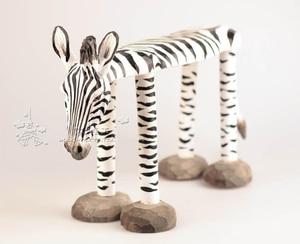 Image 3 - 手彫り木製の装飾品のための動物キリンライオン牛ハスキーゼブラパンダタイガー型スツール子供 1 6 年