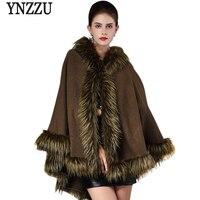 YNZZUใหม่ฤดูใบไม้ร่วงฤดูหนาวผู้หญิงผ้าคลุมไหล่เสื้อหรูหราแรคคูนขนปกคาร์ดิแกนถักผ้าคลุมไหล...