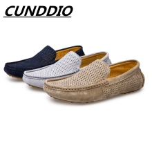CUNDDIO Verano Masculinos Suaves Mocasines De Cuero Genuinos Ocasionales Respirables Pisos Gommino Conducción Mocasines Men Shoes38-44