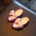 2016 otoño kids shoes para la muchacha de la pu leather shoes grande lindo de la mariposa-nudo princess dress girls shoes niños planas casual shoes