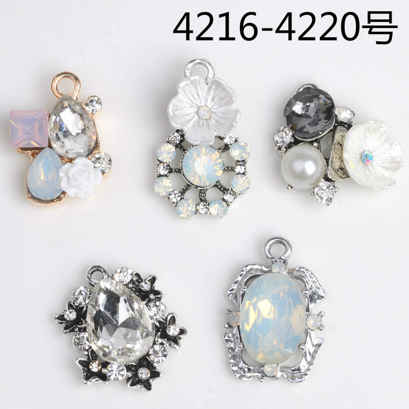 Aliexpress Com Buy 1440pcs Gold Bottom Crystal Clear: 50pcs/lot New Gold/Silver Clear Crystal Flower Charms