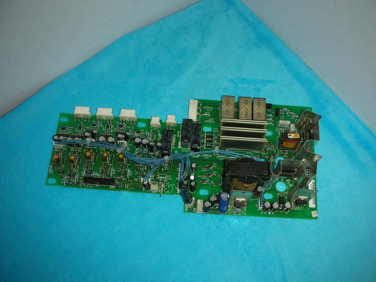 1 pieza VACON PC00042-E usada
