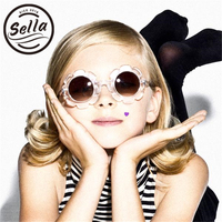 2017 ins горячие дети мода Солнцезащитные очки для женщин прозрачный цветок Карамельный цвет милый ребенок очки Обувь для девочек Обувь для ма...
