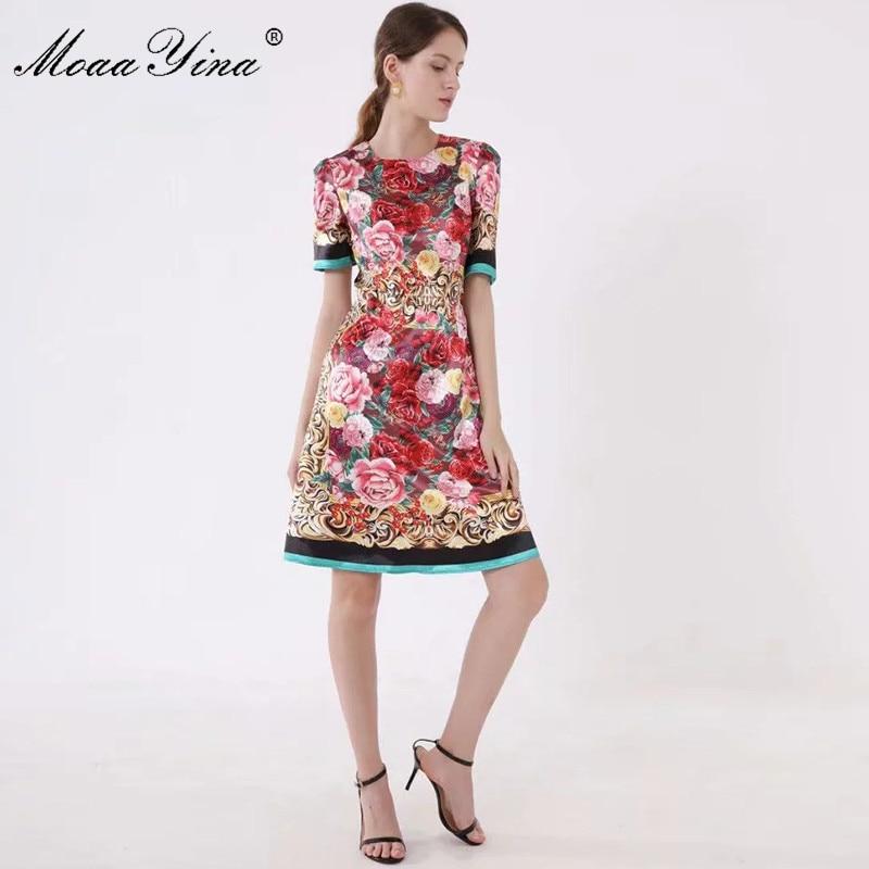MoaaYina แฟชั่นรันเวย์ฤดูใบไม้ผลิฤดูใบไม้ผลิผู้หญิงชุดแขนสั้นดอกไม้ พิมพ์ Slim Elegant Vintage Dresses-ใน ชุดเดรส จาก เสื้อผ้าสตรี บน   2