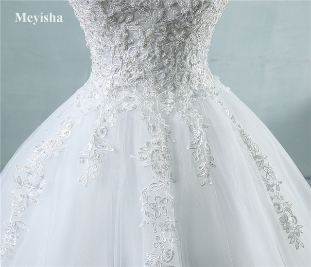 ZJ9076 Ball Gowns Spaghetti Straps White Ivory Tulle Wedding Dresses 2019 with Pearls Bridal Dress Marriage Customer Made Size 5
