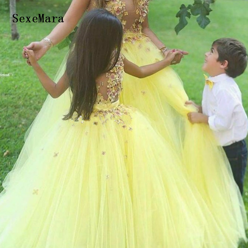 Real Picture 2018 Yellow Flower Flower girls Dresses for Wedding Tulle Applique Floor Length Princess Pageant Gown flower applique grab bag