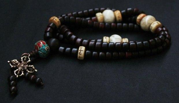 BRO905 tibétain 108 grande feuille rouge bois de santal prière Mala collier 8x5mm pour homme amulette Bracelets