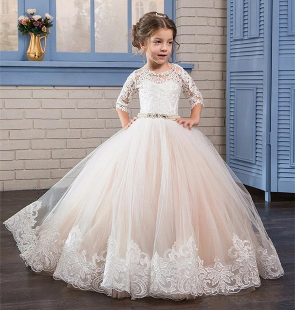 Princess White Lace Flower Girl Dresses Sheer Neck Half Sleeves First Communion Dress Birthday Dresses Girls Pageant Gown sweetheart neck pin up dress