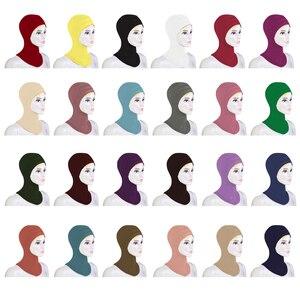 Image 1 - 12 ADET Yeni Altında Şapka Kap Kemik Kaput Ninja Iç Hicap Kadınlar Müslüman İslam Şal Başörtüsü Boyun Tam Kapak Eşarp rastgele Renk