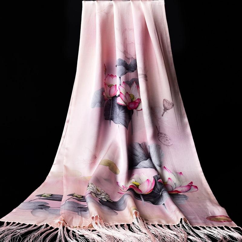 Double 100% véritable foulard en soie femmes gland Lotus imprimer châles Wrap Neckerchief Hangzhou Pure soie longue écharpes foulard 175x50 cm