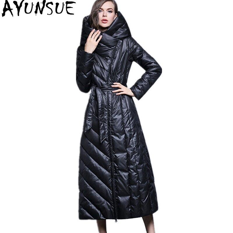 AYUNSUE 2018 Moda Inverno Piumino Lungo Sottile Cappotti Con Cappuccio Donna Piumini Marche Con Cintura Donna Cappotto Caldo WYQ818