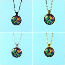 c31125c93843 Patrón de flor de COLLAR COLGANTE cabujón de cristal collar de cadena de  bronce Vintage joyería flor signo de la paz
